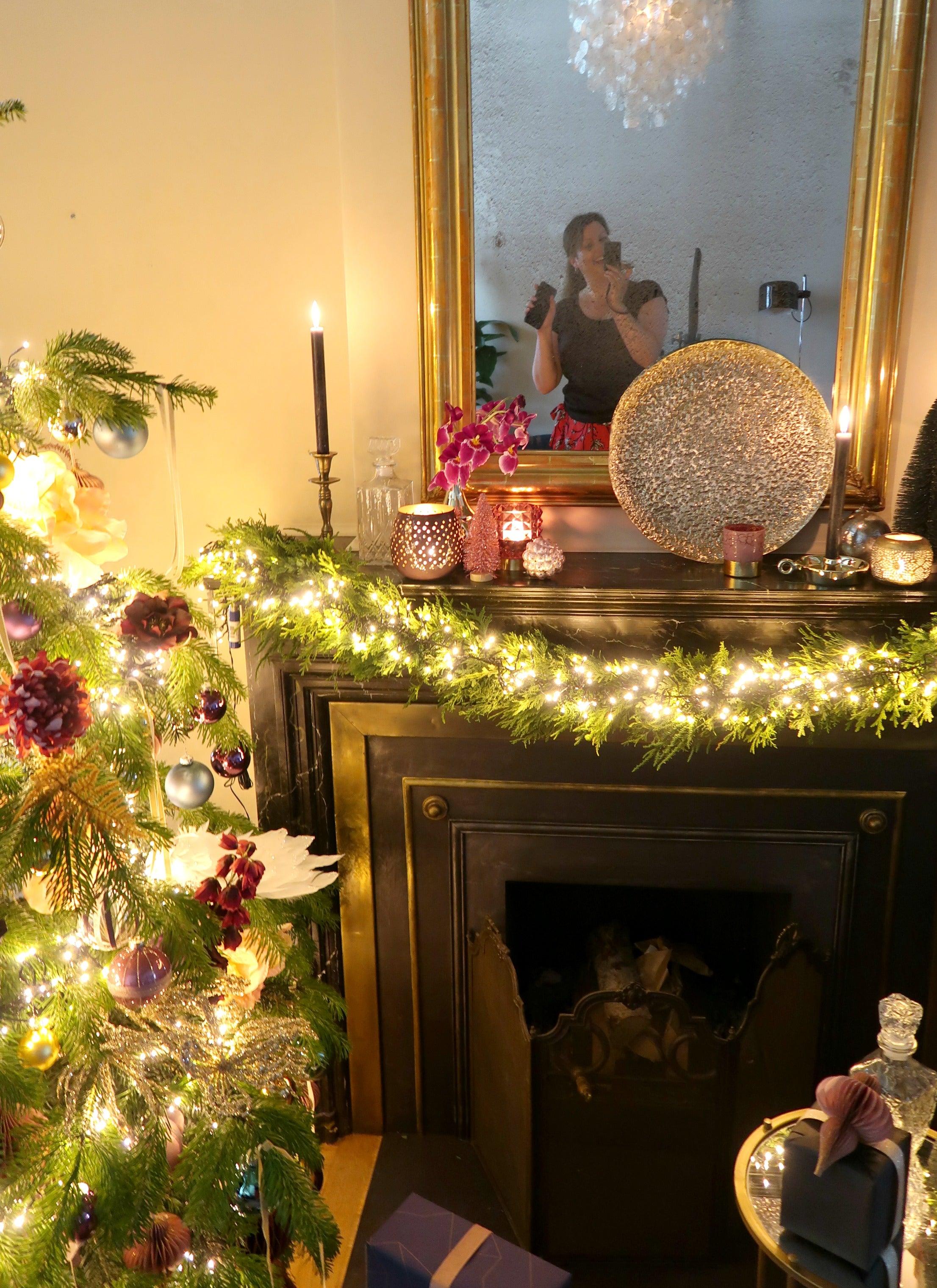 Kerst, kerstboom, kerstverlichting, kerstdecoratie, cadeautjes, kerstspecial, magazine, christmaholic