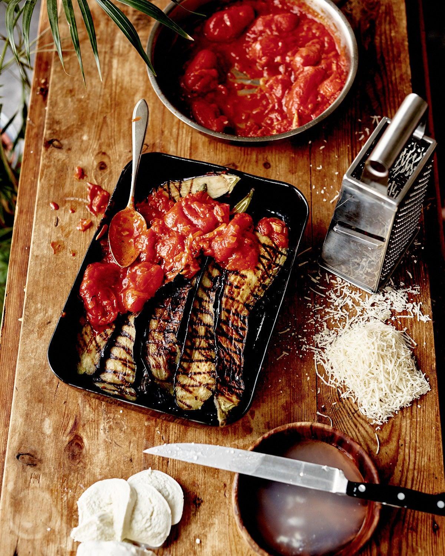 Aubergine, mozzarella, ovenschaal, rasp, kaas, melanzane
