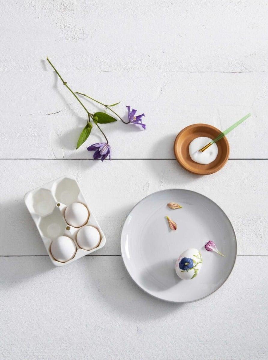 DIY eieren stap 4: Beplakken