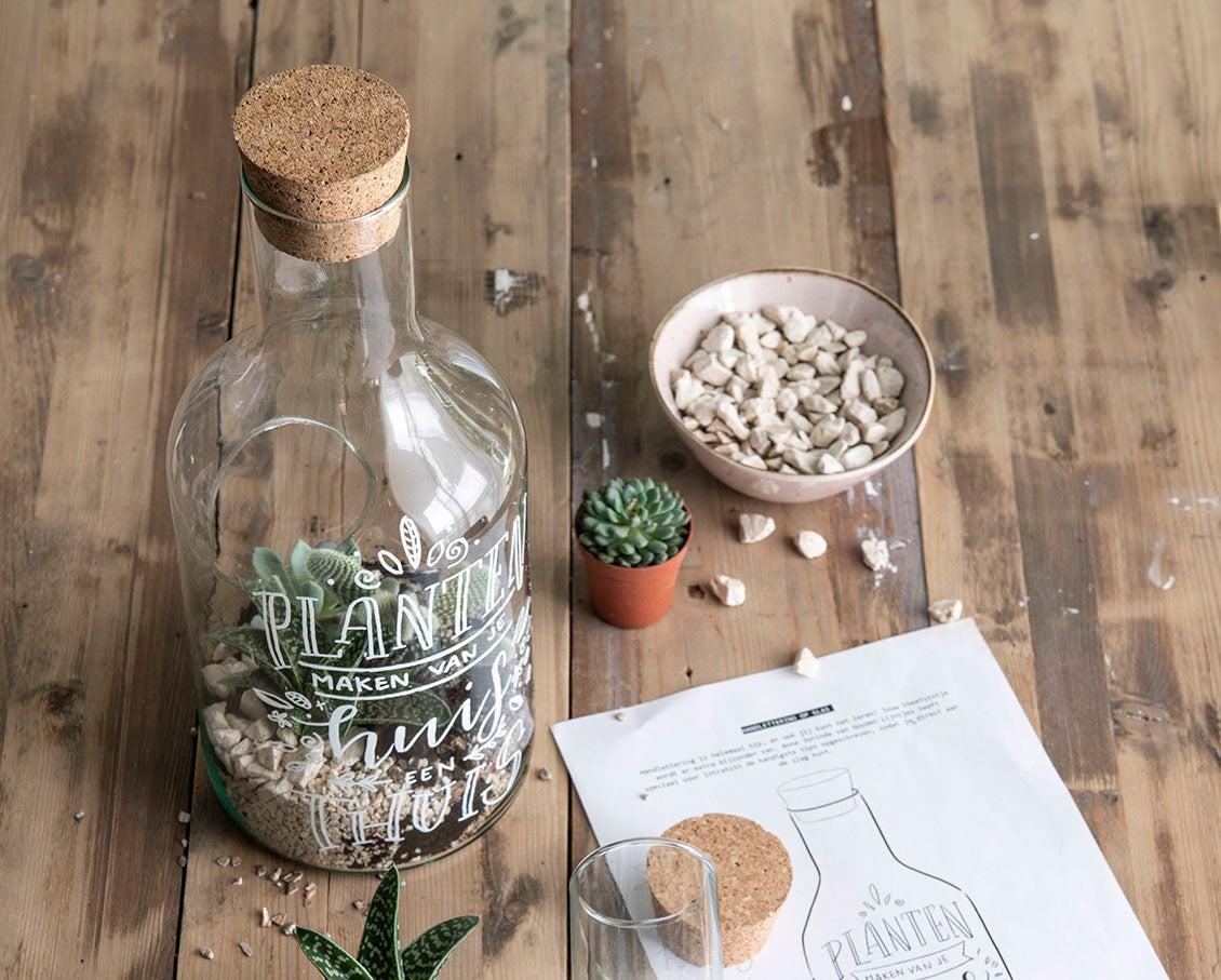 DIY handlettering op een terrarium resultaat