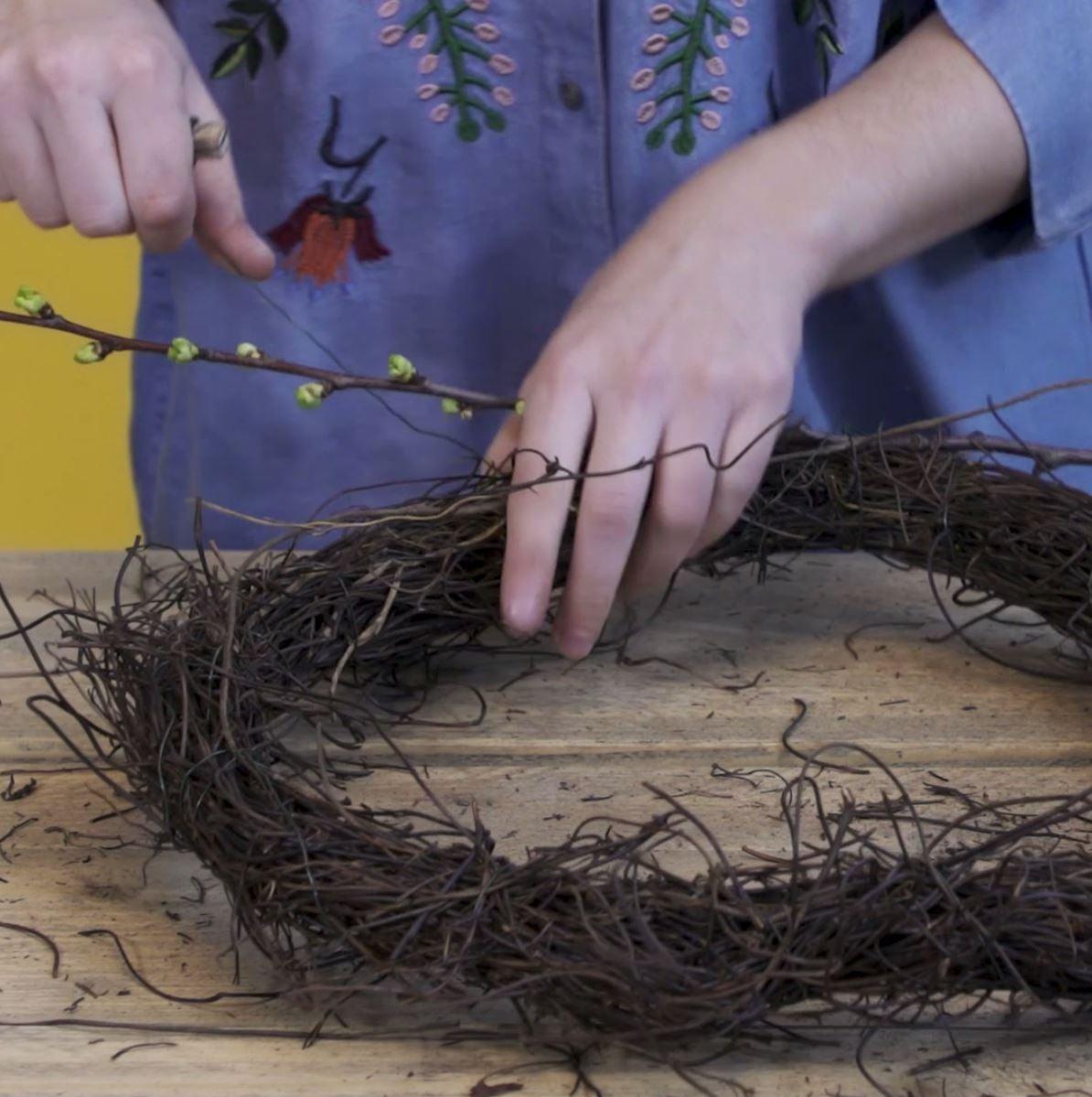 DIY Tulpenkrans stap 2: Frame bekleden