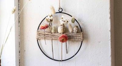 Knappe-bloemenkrans